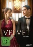 Velvet - Volume 5 (DVD)
